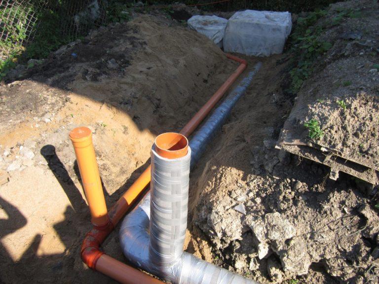 Утепление канализационных труб в земле