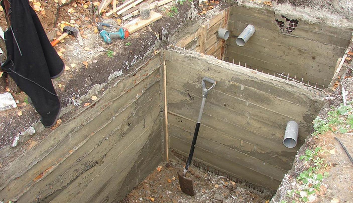 Как сделать сливную яму в частном доме своими руками? 71