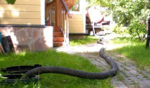 Как правильно сделать откачку канализации в частном доме