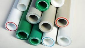 Какие трубы для водопровода лучше: пвх или полиэтиленовые