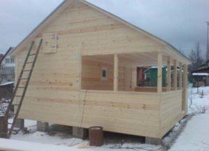 Каркасная баня: особенности конструкции и этапы постройки