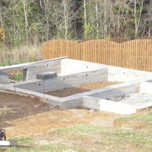 Фундамент под дом: выбираем материал, делаем замеры