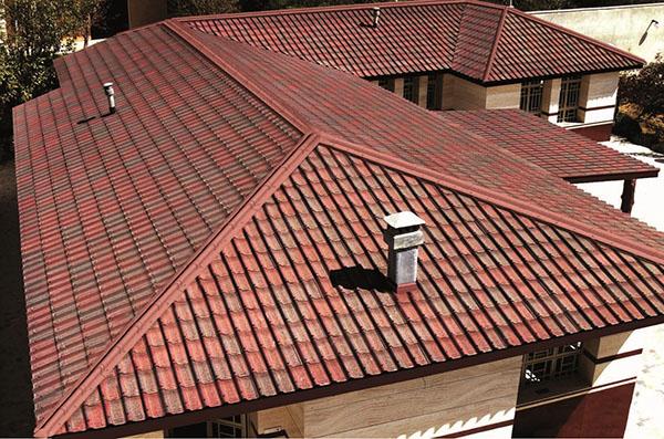 крыша, покрытая андулином