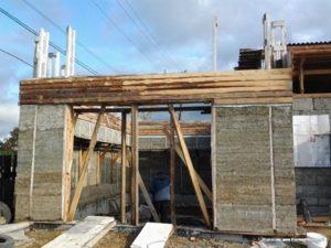 Бетонный гараж: плюсы и минусы, правила постройки