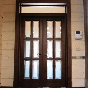 Как выбрать дверь для квартиры: обзор моделей и советы